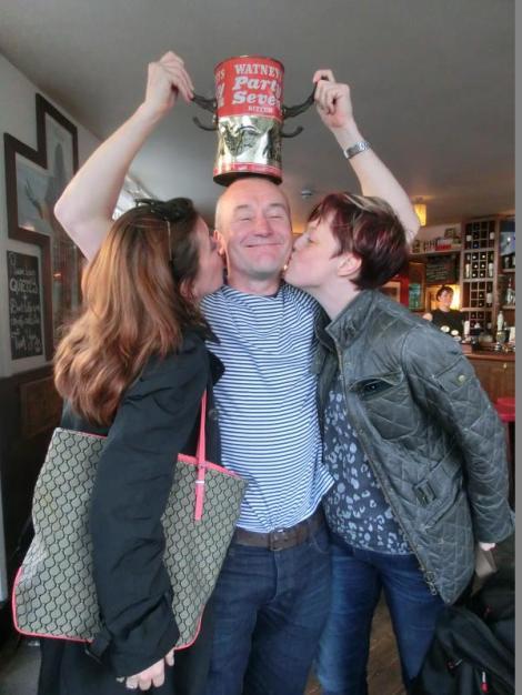 wivelsfield-2014-ian-wiggy-psm-tour-de-france-kisses