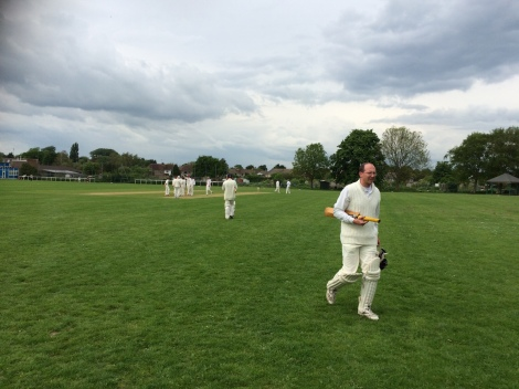tmgs-vs-bramber-beeding-2016-robbie-out