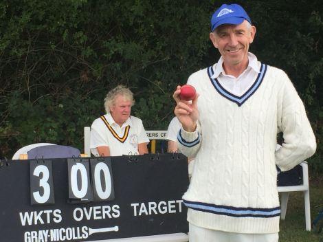 EO_ian-sewell-300-wickets-southwick-wanderers-2018